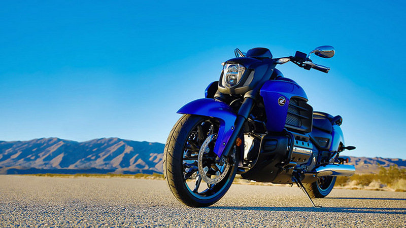 2014 Honda Gold Wing Valkyrie Exterior - image 534471