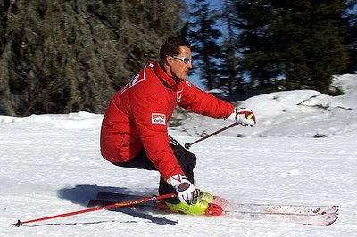 Michael Schumacher Suffers Head Injuries in Skiing Accident - image 536910