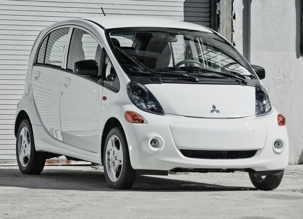 2014 mitsubishi i miev car review top speed. Black Bedroom Furniture Sets. Home Design Ideas