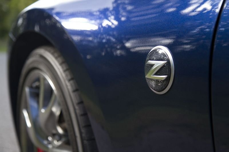 2014 - 2016 Nissan 370Z Roadster Emblems and Logo Exterior - image 536834