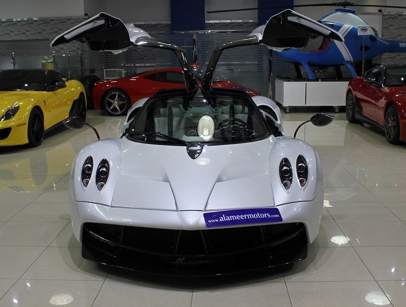 Pagani Huayra put up for sale in Dubai Exterior - image 537032
