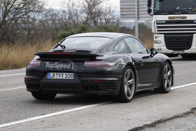 2017 Porsche 911 Turbo High Resolution Exterior Spyshots - image 536404