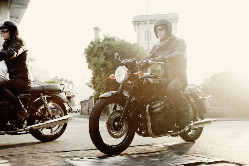 2014 Triumph Bonneville T100 Black High Resolution Exterior - image 535295