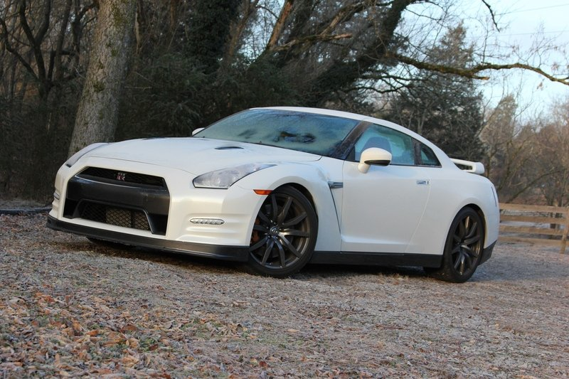 2014 Nissan GT-R: Driven