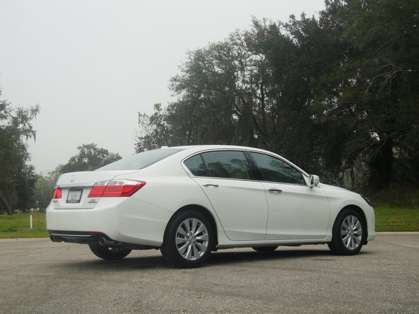 2014 honda accord touring driven car review top speed. Black Bedroom Furniture Sets. Home Design Ideas