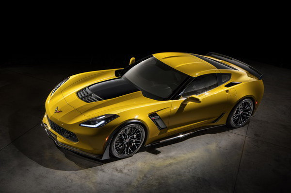 The new Z06 takes the standard Corvette Stingray to a more extreme