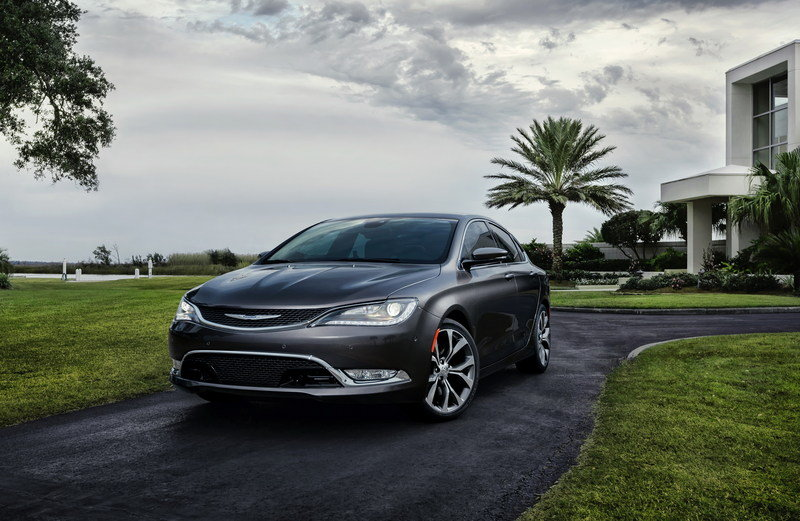 2015 Chrysler 200 High Resolution Exterior - image 538058