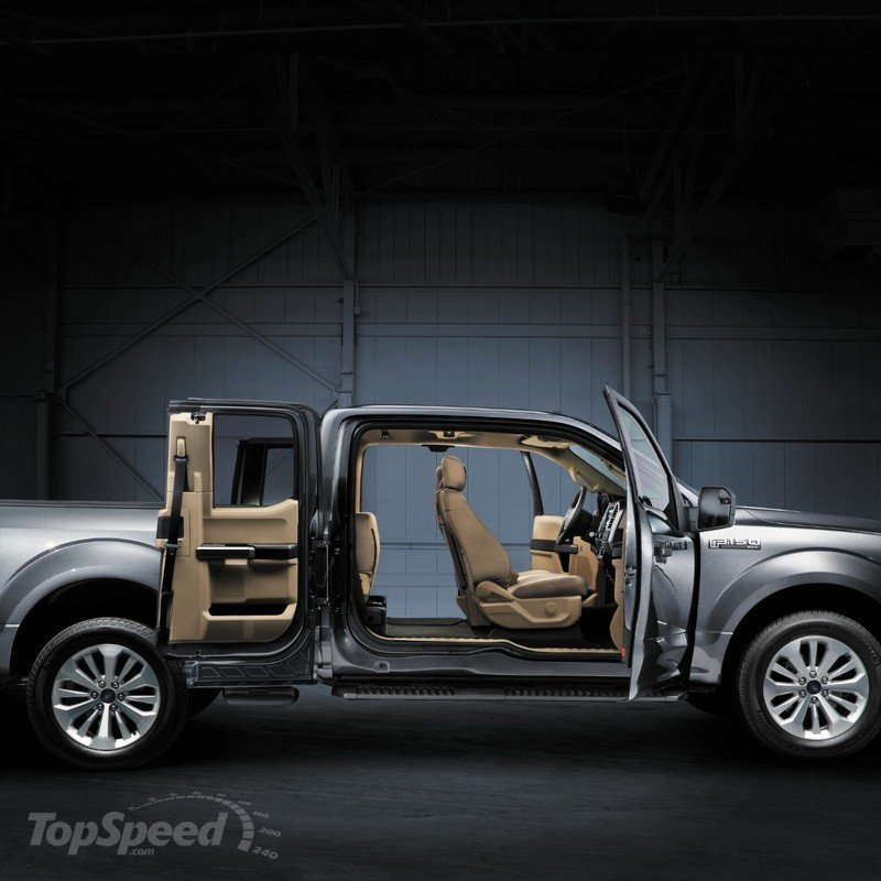 2015 Ford F-150 Interior - image 538826