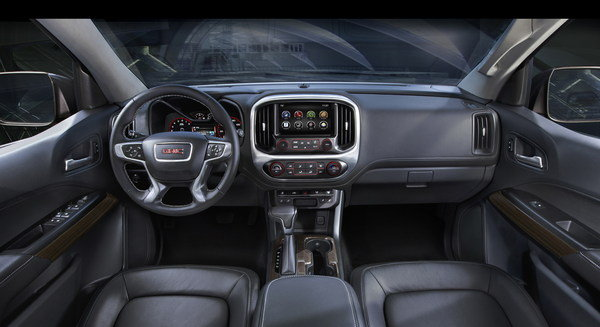 2015 GMC Canyon | car review @ Top Speed