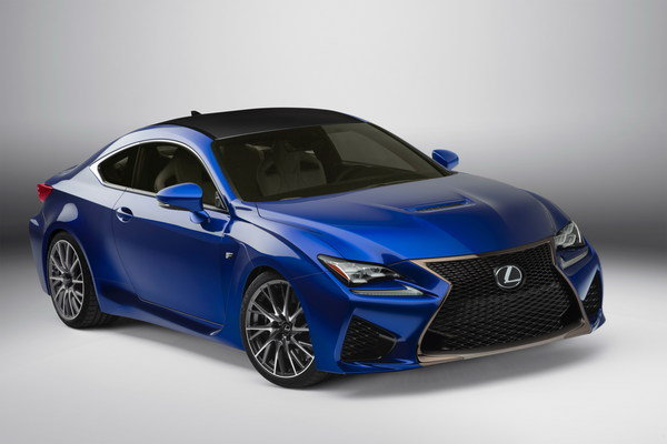 2015 lexus rc f vs bmw m4 coupe car news top speed. Black Bedroom Furniture Sets. Home Design Ideas