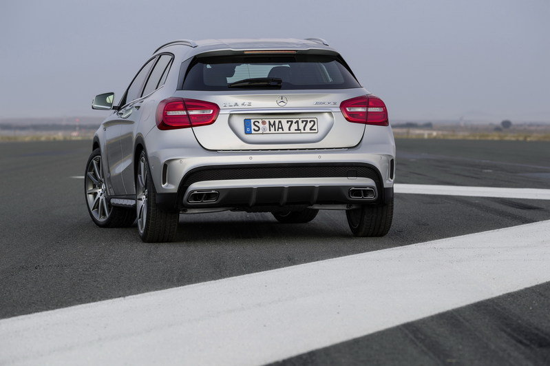 2015 Mercedes GLA45 AMG High Resolution Exterior - image 537472