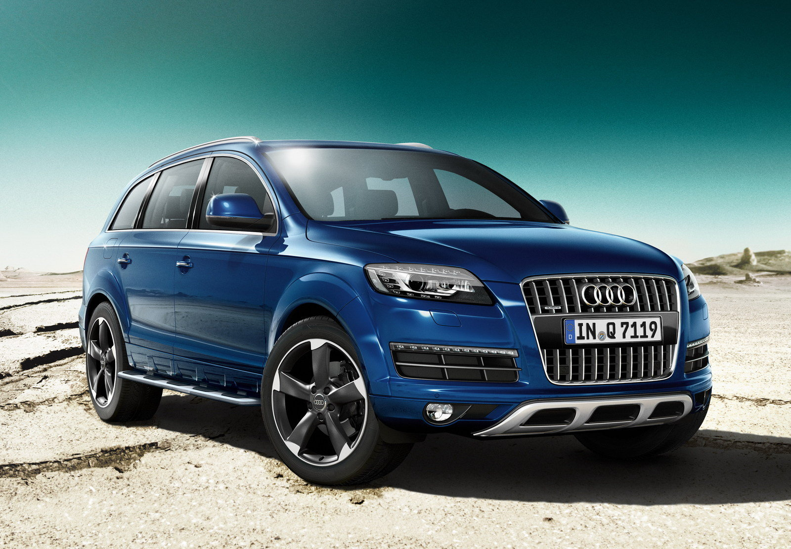 2014 Audi Q7 S Line Style Edition   Top Speed