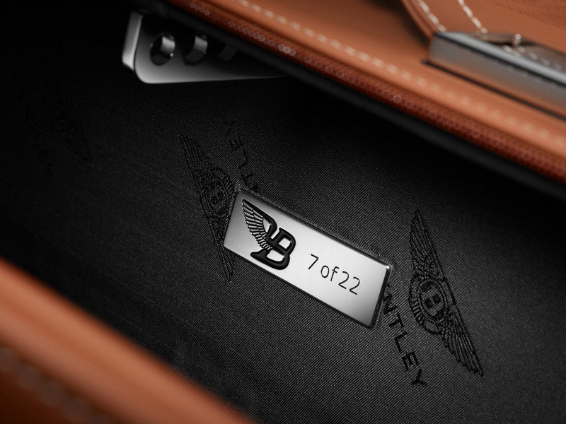 2014 Bentley Mulsanne Birkin Limited Edition Emblems and Logo Interior - image 538304