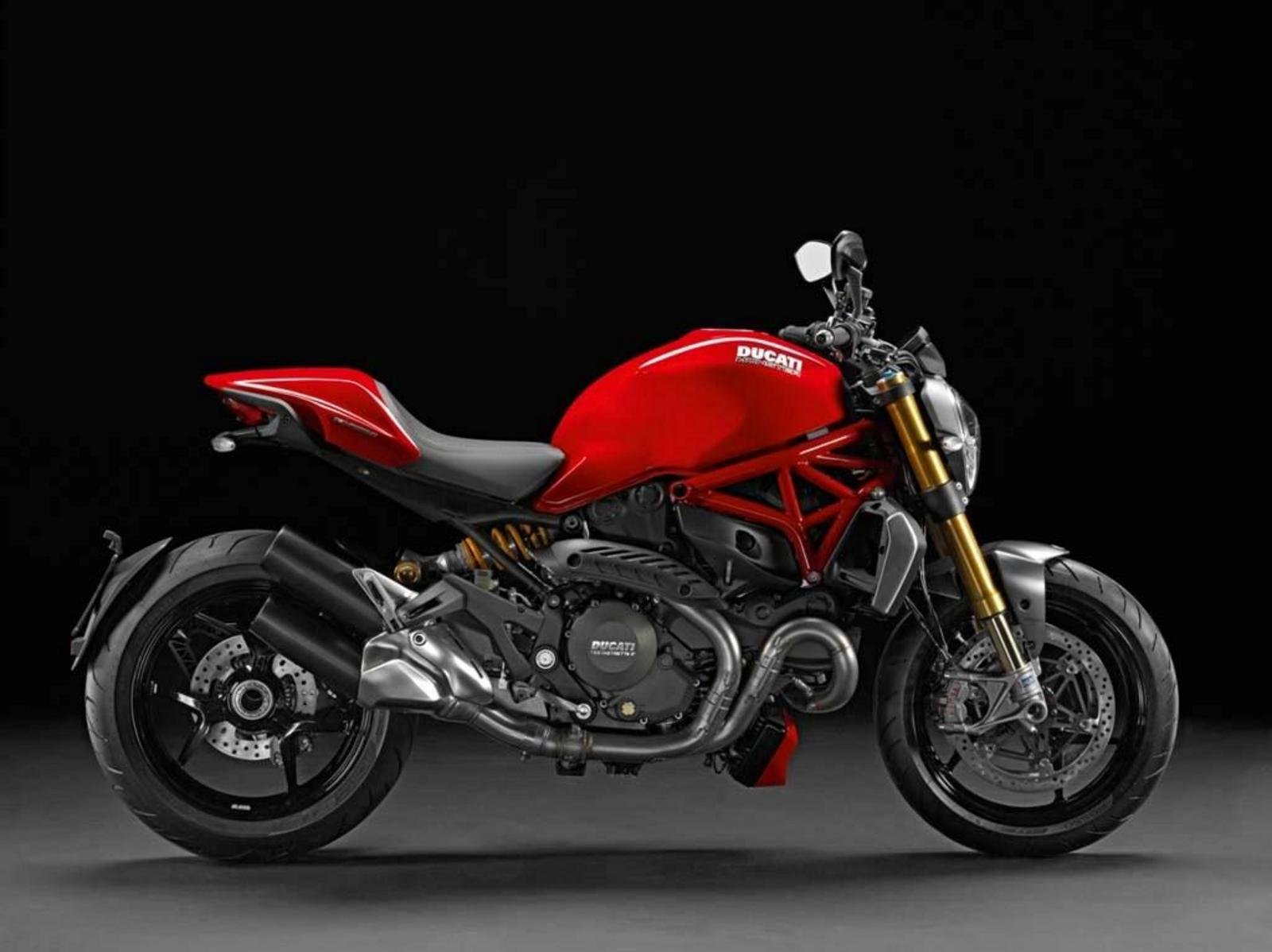 2014 ducati monster 1200 s review top speed. Black Bedroom Furniture Sets. Home Design Ideas