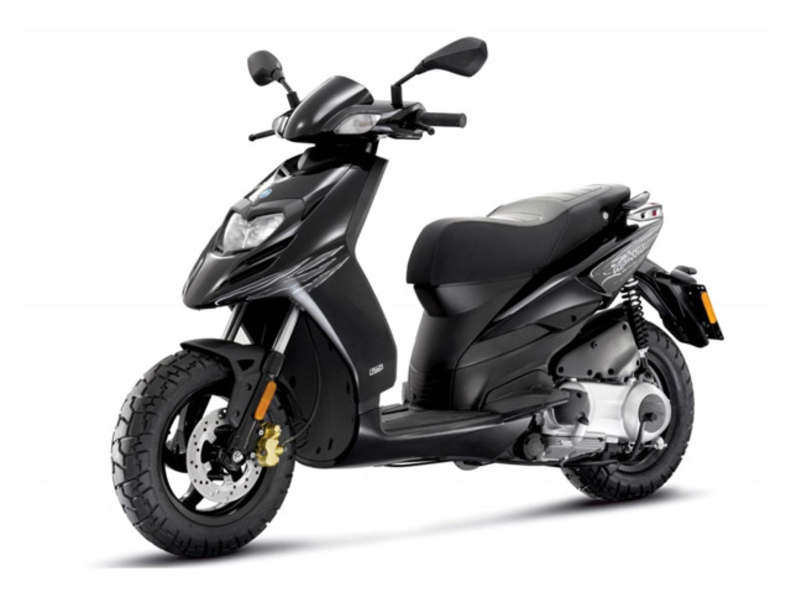 2014 piaggio typhoon 125 review top speed. Black Bedroom Furniture Sets. Home Design Ideas
