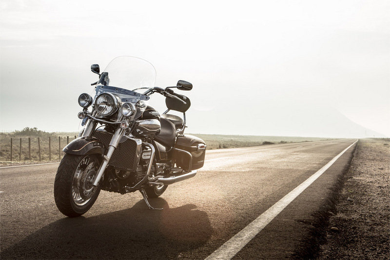 2014 Triumph Rocket III Touring High Resolution Exterior - image 539718