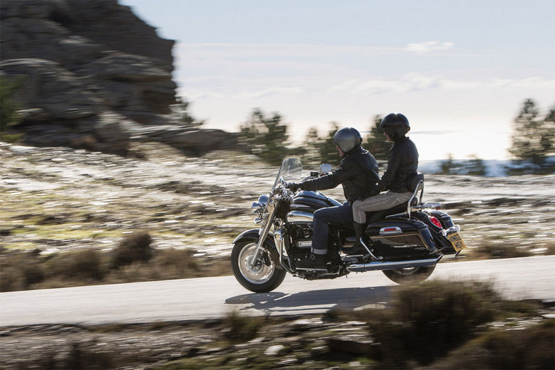 2014 Triumph Rocket III Touring High Resolution Exterior - image 539706