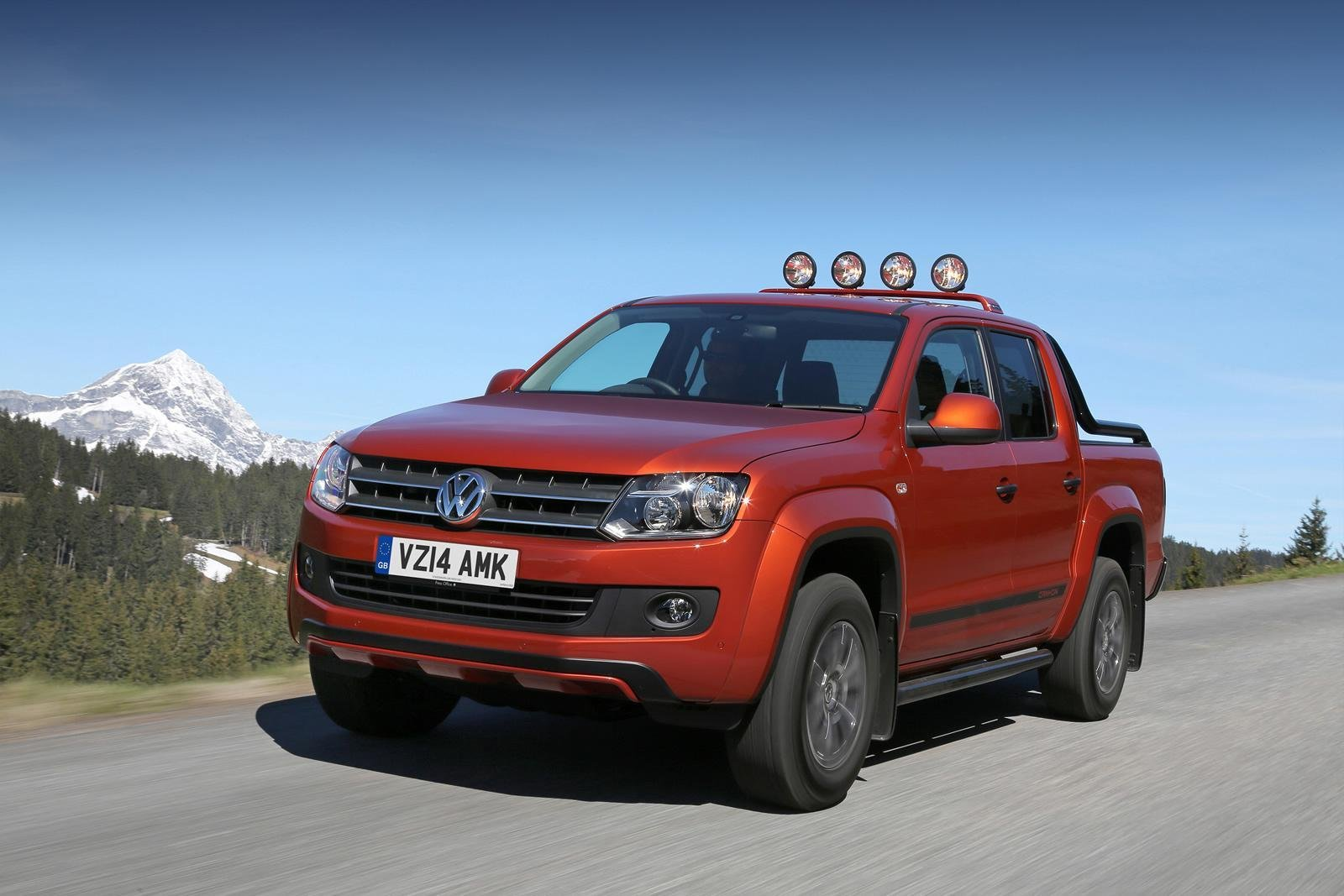 2014 volkswagen amarok canyon review top speed. Black Bedroom Furniture Sets. Home Design Ideas