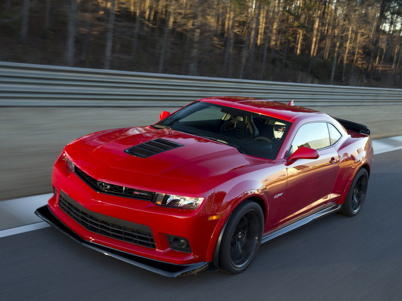 Standard Chevrolet Camaro Can Be Upgraded With Z/28 Performance Packages