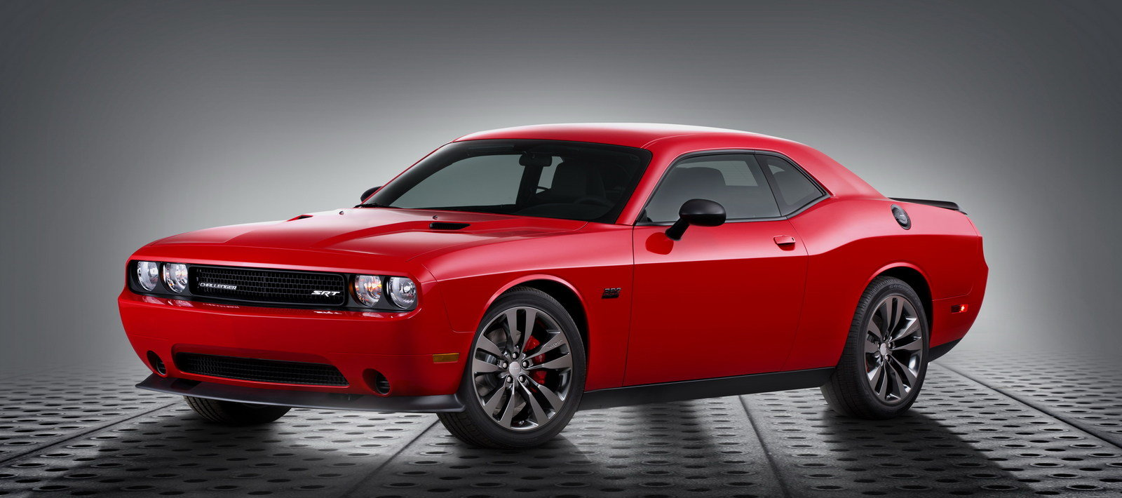 2014 Dodge Challenger Srt Satin Vapor Edition Top Speed