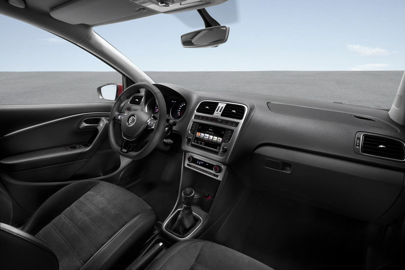 2015 Volkswagen Polo High Resolution Interior - image 543609