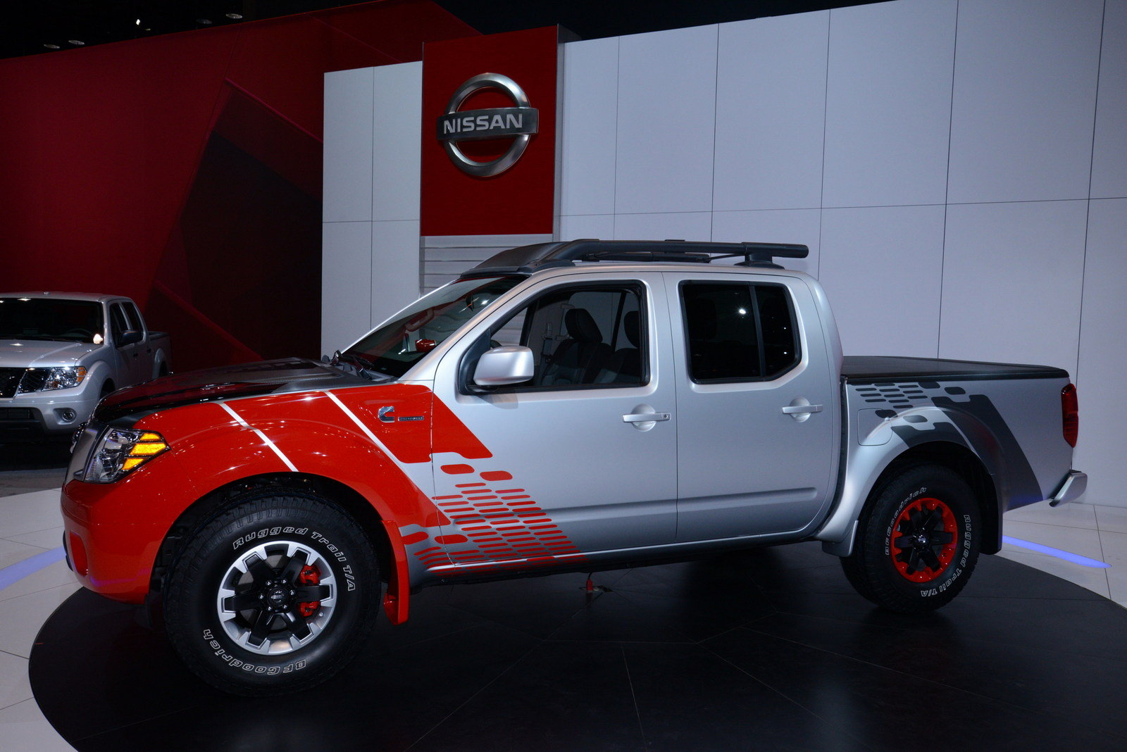 2015 nissan frontier diesel runner powered by cummins picture 541184 car review top speed. Black Bedroom Furniture Sets. Home Design Ideas