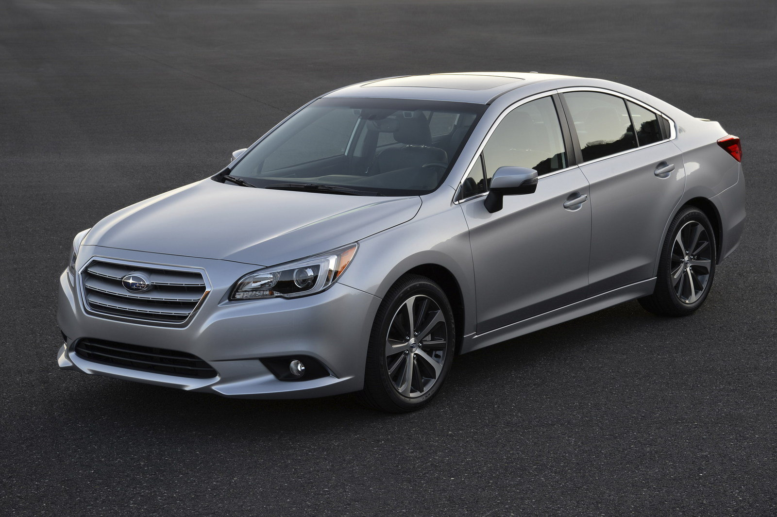 Subaru Legacy 2015 Major Issues | Release date, Specs, Review