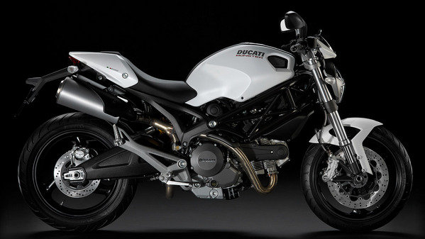 2014 ducati monster 696 review top speed. Black Bedroom Furniture Sets. Home Design Ideas