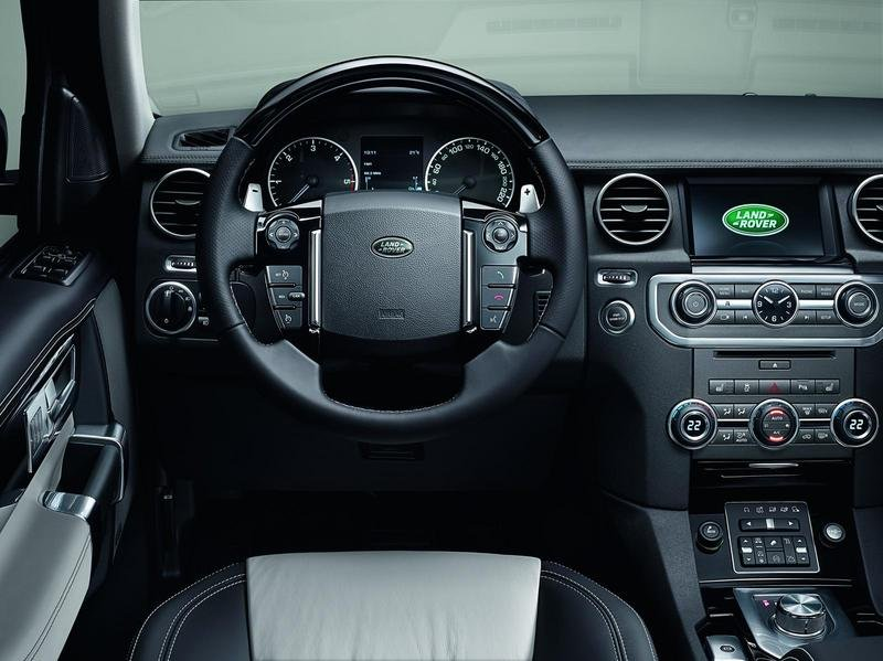 2014 Land Rover Discovery XXV Special Edition Interior - image 542251