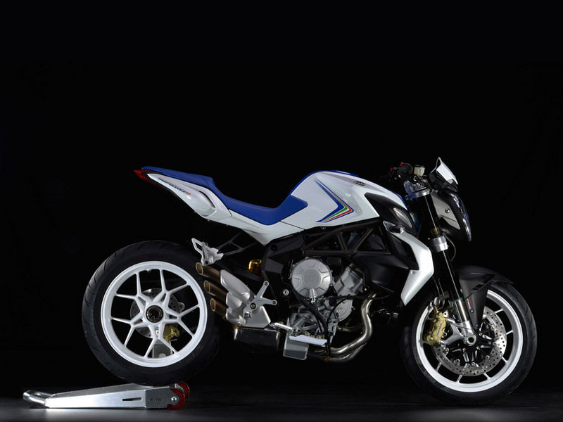 2014 MV Agusta Brutale 800 High Resolution Exterior - image 543732