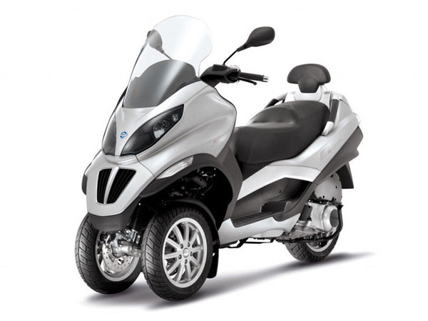 2014 piaggio mp3 250 motorcycle review top speed. Black Bedroom Furniture Sets. Home Design Ideas
