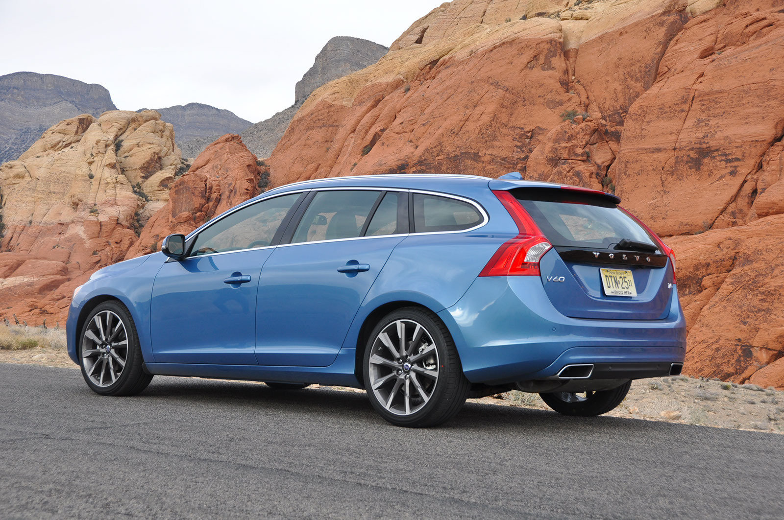 2015 Volvo V60 - Picture 540429 | car review @ Top Speed