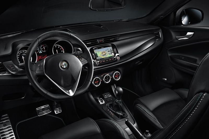 2014 Alfa Romeo Giulietta Quadrifoglio Verde High Resolution Interior - image 546942