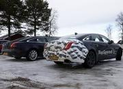 Spy Shots: 2015 Jaguar XJ Caught Next to the Current Model - image 546170