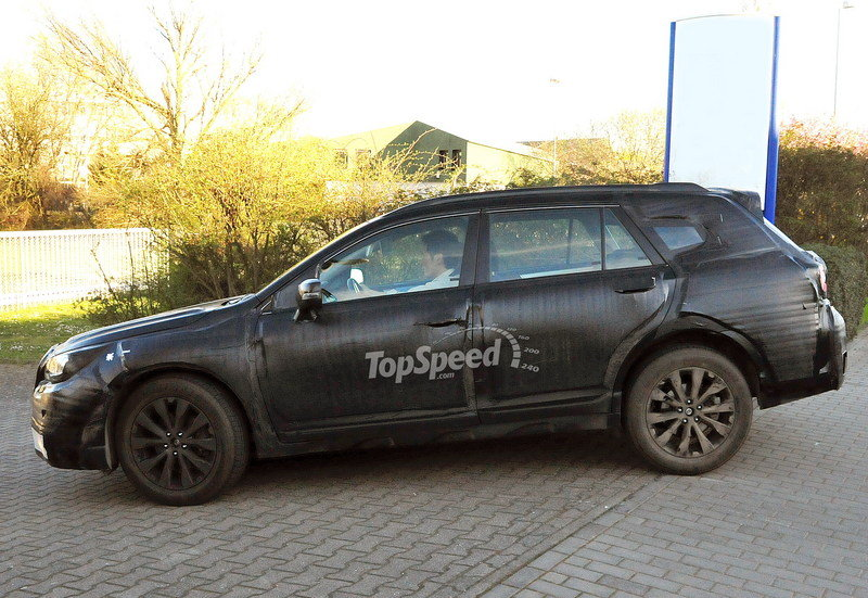 Spy Shots: 2015 Subaru Outback Caught Testing for the First Time Exterior Spyshots - image 546673