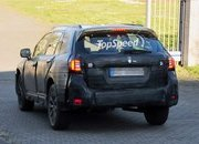 Spy Shots: 2015 Subaru Outback Caught Testing for the First Time - image 546676