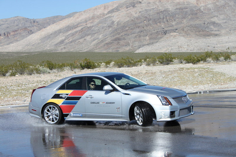 2014 Cadillac CTS-V Sedan High Resolution Exterior - image 545846