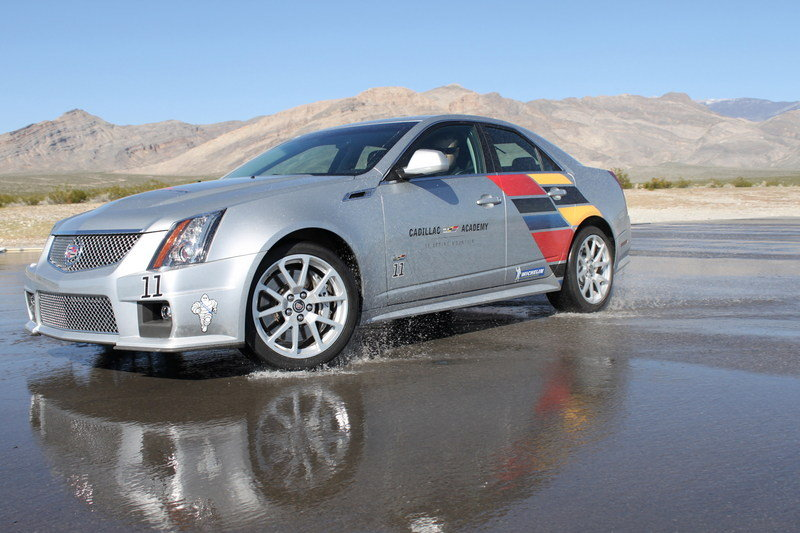 2014 Cadillac CTS-V Sedan High Resolution Exterior - image 545847