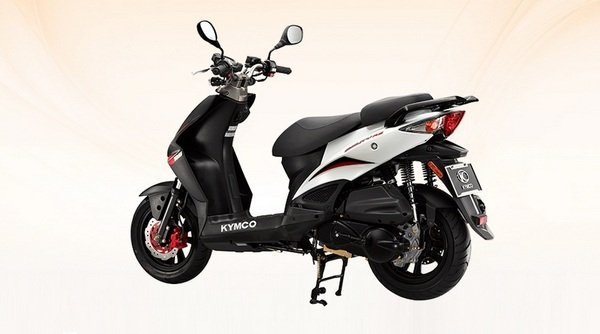 2014 kymco agility rs naked 125 motorcycle review top speed. Black Bedroom Furniture Sets. Home Design Ideas