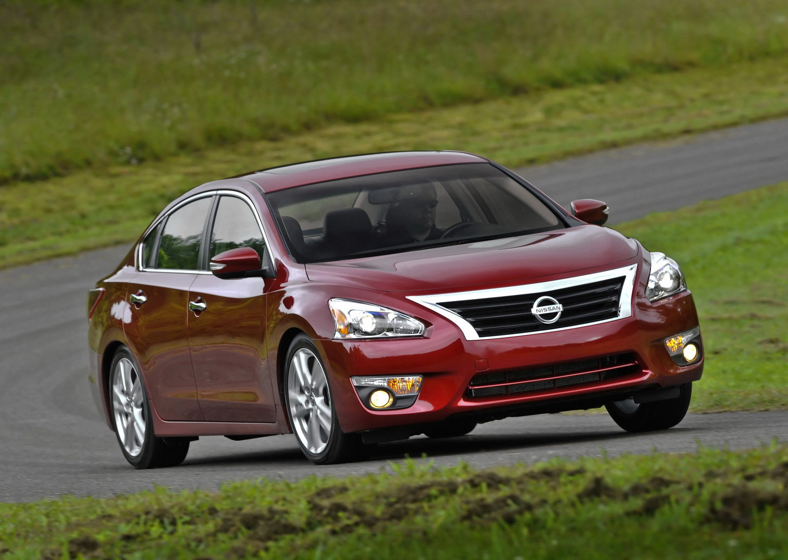 nissan altima 11_1600x0w nissan altima reviews, specs & prices top speed 1994 Nissan Altima Wiring Diagram at gsmx.co