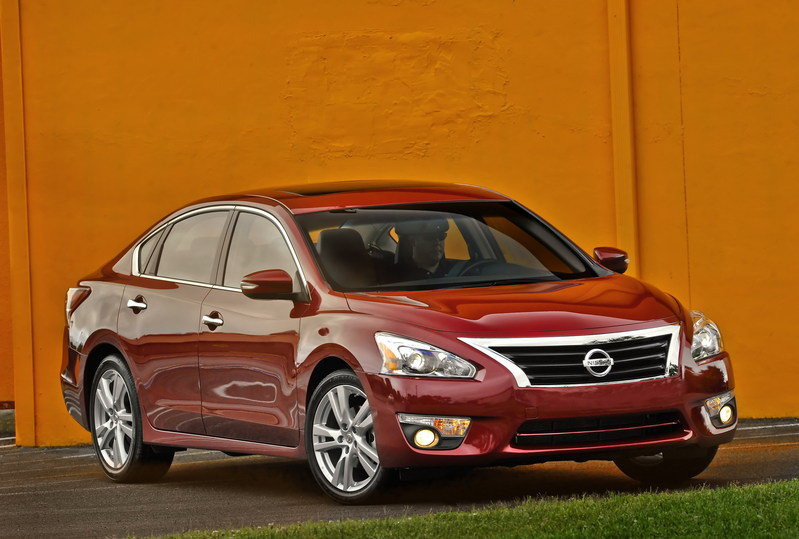2014 - 2015 Nissan Altima High Resolution Exterior - image 546929