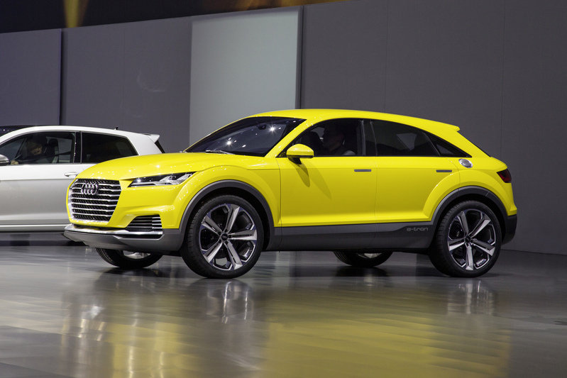 The Audi Q4 Will Supposedly Stand Out from the Lineup, But We Have Our Doubts Exterior AutoShow - image 550411