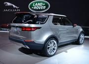 2017 Land Rover Discovery - image 549398