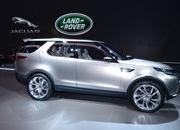 2017 Land Rover Discovery - image 549399