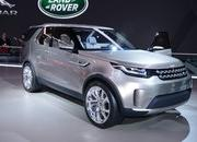 2017 Land Rover Discovery - image 549401