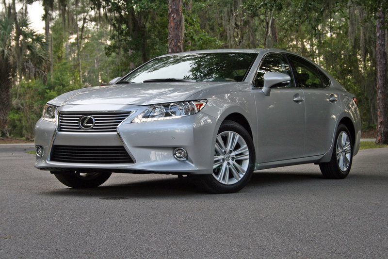 2014 Lexus ES 350 - Driven High Resolution Exterior - image 550988