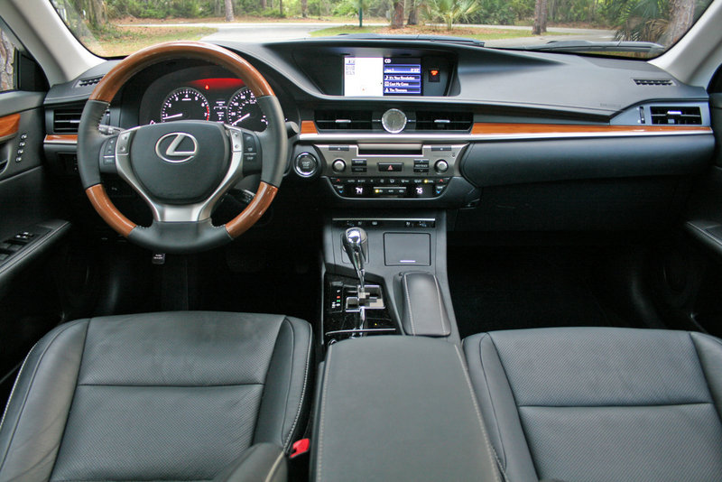2014 Lexus ES 350 - Driven High Resolution Interior - image 550980