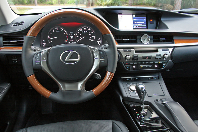 2014 Lexus ES 350 - Driven Interior - image 550981