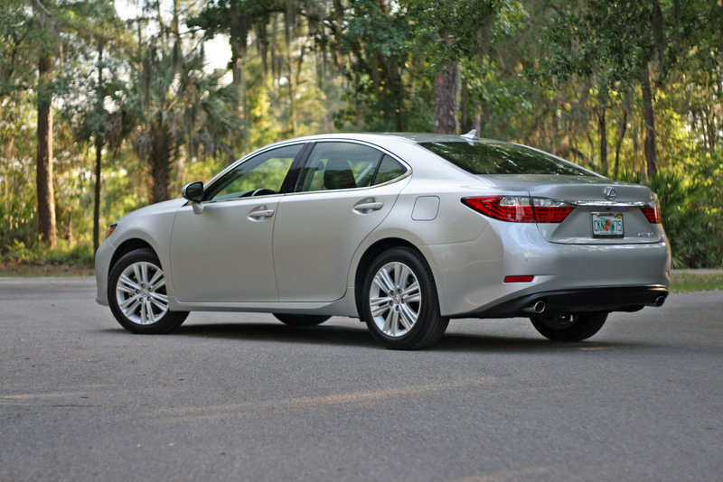 2014 Lexus ES 350 - Driven High Resolution Exterior - image 550977