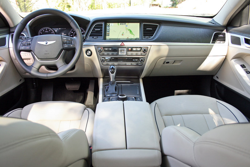 2015 Hyundai Genesis - Driven High Resolution Interior - image 550744